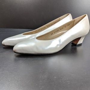 Salvatore Ferragamo Pumps Women's Sz 6 AA